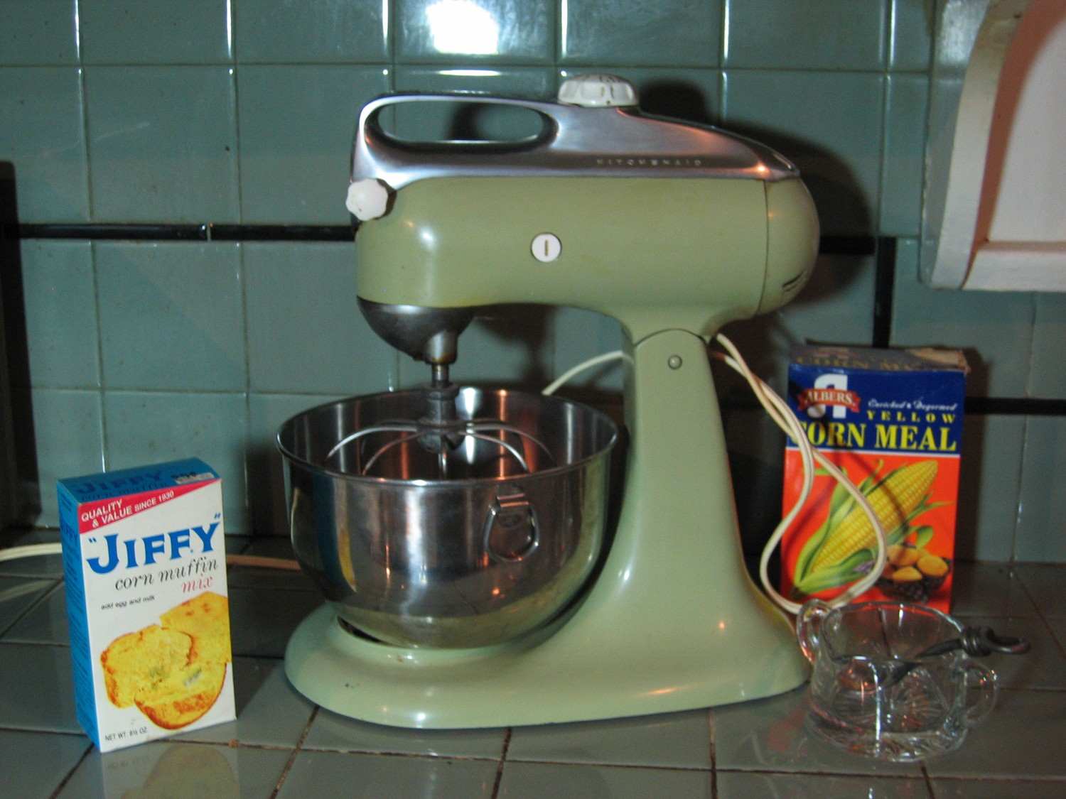 Online Shopping for Kitchen Small Appliances from a great selection of Coffee Machines, Blenders, Juicers, Ovens, Specialty Appliances, & more at everyday low prices.
